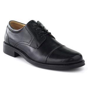 Chaps Belmont Black leather Oxfords 11M